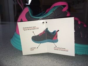 NEW! Danskin athletic shoes Kitchener / Waterloo Kitchener Area image 3