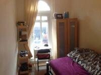 Double room in West Kensington