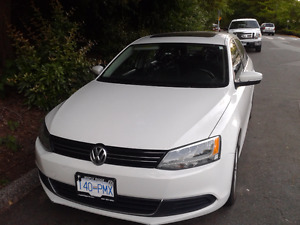 2013 Volkswagen Jetta Sedan- NOW REDUCED!