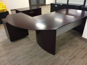 Cherry Wood Office Desk with Drawer (OBO)