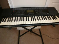 YAMAHA PSR-320 61-touch sensitive keys with ample of features