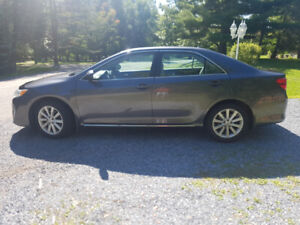 2014 Toyota Camry 4dr Sdn XLE
