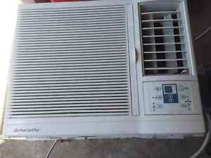Simplicity by Danby Window Air Conditioning Unit