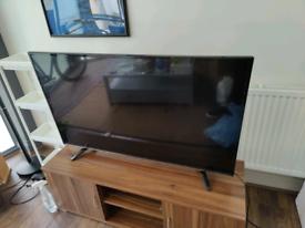Broken Hisense 49 inch 4K TV