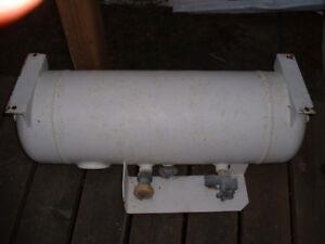 Motorhome ASME under mount propane tank