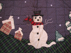 Primitive Snowman Christmas Treeskirt, Brand New Patchwork Quilt Kitchener / Waterloo Kitchener Area image 2