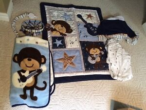 Monkey crib bedding (boy)