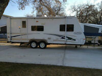 2003 Trail Cruiser by R-Vision * Immaculate Condition*