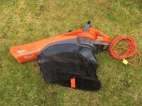 Electric garden blower vacuum 2200W