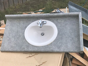 ****BATHROOM COUNTERTOP AND SINK****