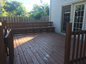 Very Peaceful Residential 2 free parking spot,5min to DOWNTOWN London Ontario image 3