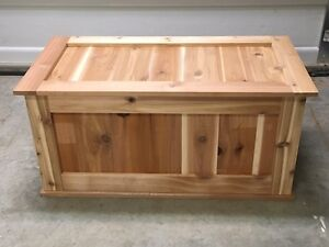 Cedar blanket storage chest Cambridge Kitchener Area image 3