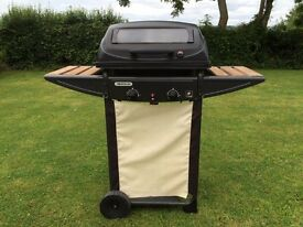 2-burner gas BBQ