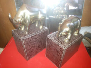 Bey Berk Brass Bull And Bear Wall Street Bookends Ornaments