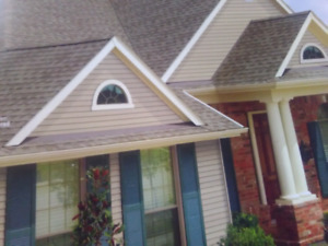 Roofer wanted.  $40/hr.  Paid daily. Asap