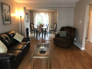 ONE rm left in a 5 Bedrm student home! Close to all amenities!!