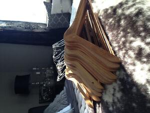 170 Wood hangers (like new)