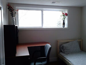 4 Month Lease - Girls only furnished room -  Winter term near UW Kitchener / Waterloo Kitchener Area image 3