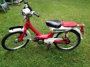 1976 Honda moped in great shape 40 years old