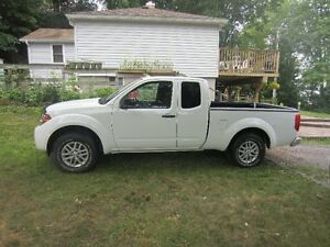 2014 Nissan Frontier Pickup Truck Peterborough Peterborough Area image 1