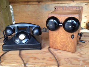Antique Northern Electric Bakelite phone and wall mount