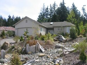 Beautiful Execitive Home in Desriable Chartwell,Qualicum Area!