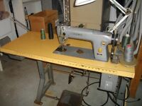 Sewing machine : Call Tony (514) 688-6169