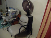 Hairdressing dryer/chair combination