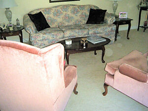 Lovely Retro couch and two arm chairs in soft pink.