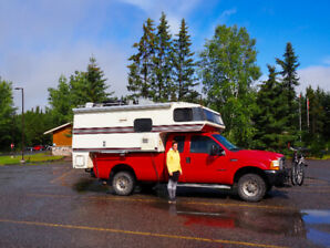 Pick up truck + camper : Ford F-350 XL Super Duty