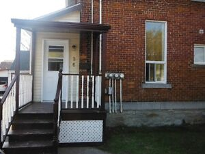 Downtown mainfloor,all included 1 bedroom. Cornwall Ontario image 1