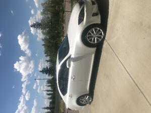 2011 Lexus IS350 AWD **LOW KM AND MINT CONDITION**