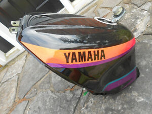 Yamaha FZ 1000  fuel tank, late 80's or early 90's    $160.00 Cornwall Ontario image 1
