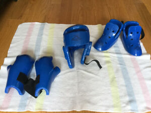 Taekwondo Sparring/Fighting Gear - Used Only Once