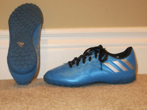 Indoor Junior Soccer Shoes Size 1