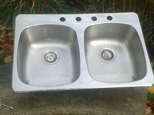 Dual Stainless Kitchen Sinks