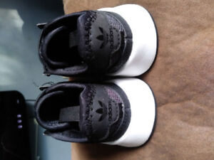 Addidas baby shoe
