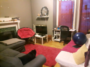 2 Bedroom large charming apt for rent Jan 1st.