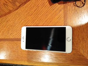 **Good Condition** iPhone 6s plus gold