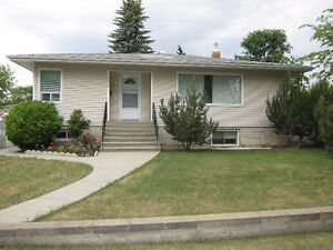 Beautiful 3 bedroom bungalow in the Westwood area.