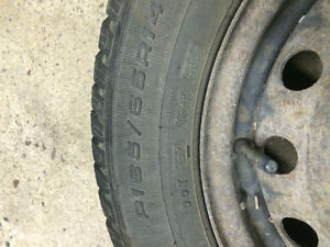 Winter tires 185\65\R14 Goodyear Ultra Grip Cornwall Ontario image 2