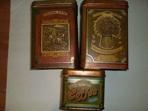 Vintage stackable kitchen tins