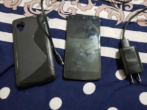 NEXUS 5 (16GB) - Excellent condition