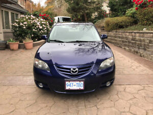 2005 Mazda 3 5 Speed Manual - LOW KMS - Comes w/ 2 sets of tires