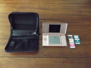 Must sell this Like new Nintendo DS Lite