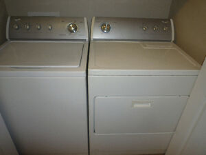 Selling Dryer and washer (+ stove and fridge for free)