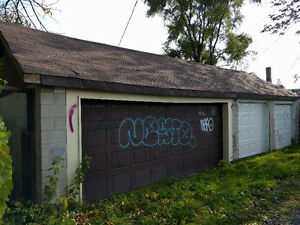$375 Double Car Garage Storage on Wyandotte and Campbell Windsor Region Ontario image 2