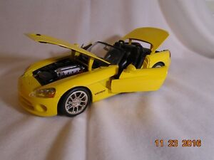 NEW LOWER PRICE 2001 Dodge Viper Diecast London Ontario image 3