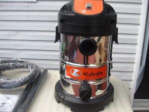 Aspirateur (style shop vac) Kubota en acier inoxydable NEUF