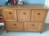 3 piece bedroom set in hard wood! Custom made! 2 free shelves!